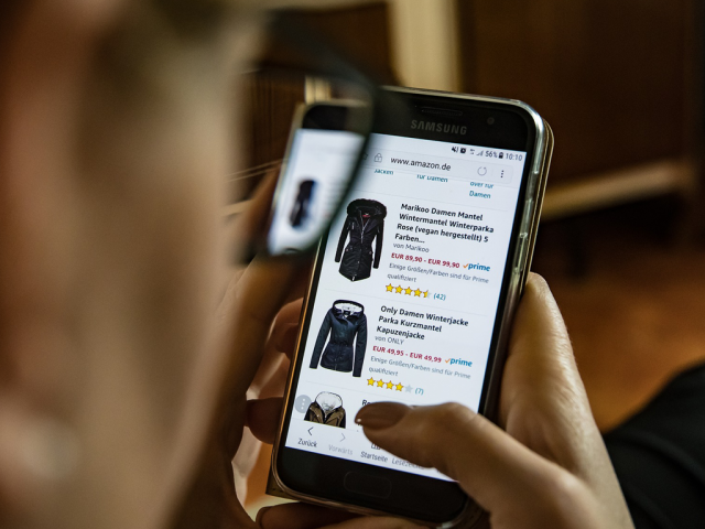 https://dotnokta.com/wp-content/uploads/2021/04/Five-Essential-Steps-You-Must-take-to-Set-up-an-Online-Presence-For-Your-Clothing-Brand-640x480.png